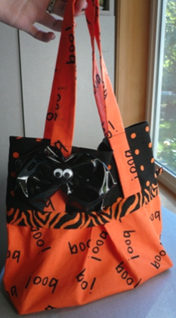 Trick or Treat Bag from Crafty Staci