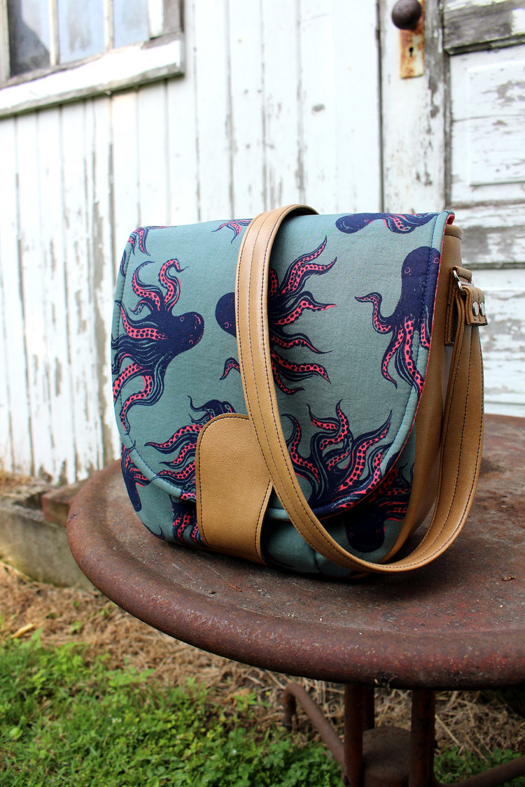 Sandra Saddle Bag from Swoon Patterns ($)
