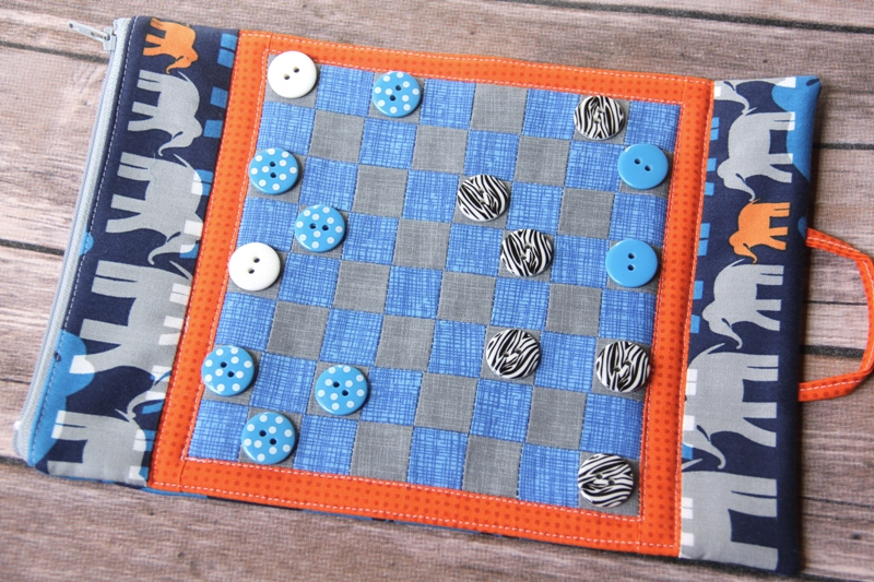 Kinged Checkers on Mug Mat
