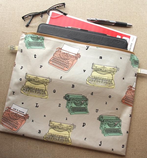 DIY Zippered Tablet Bag - Sewing Tutorial