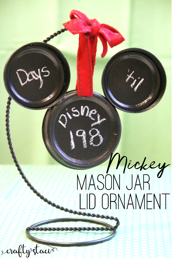 Mickey Mason Jar Lid Ornament from Crafty Staci #disneycrafts #disneycountdown #disneychristmas