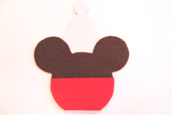 Mickey and Minnie Caramel Apple Ornaments - Crafty Staci 4