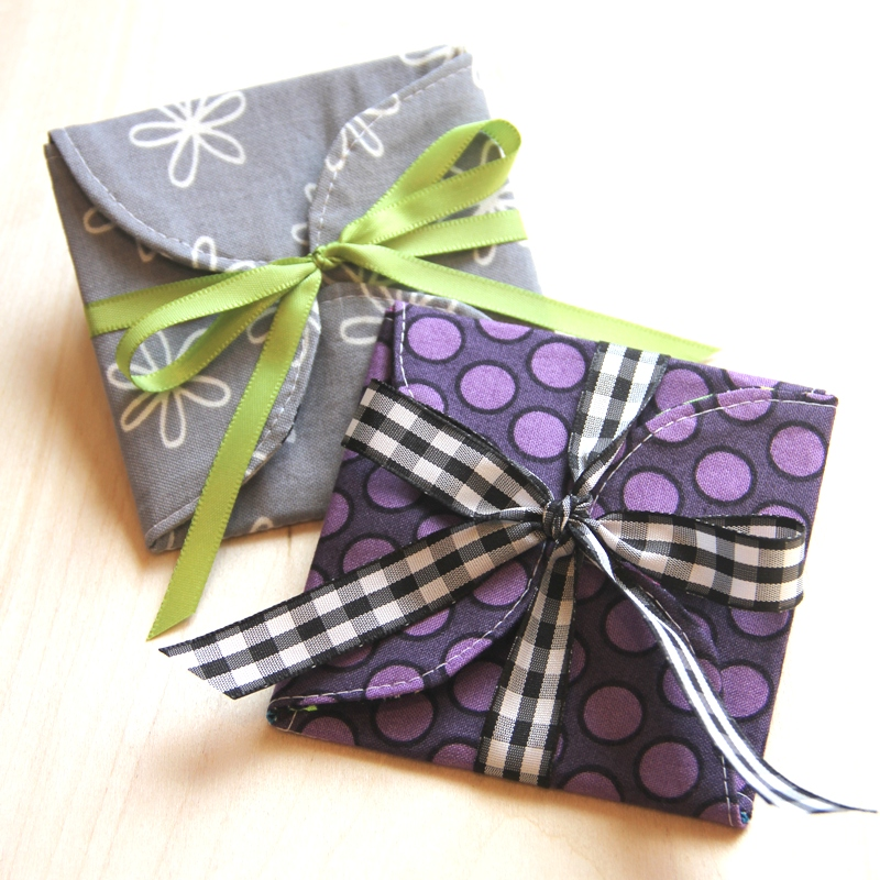 Curvy Gift Card Holders from Crafty Staci