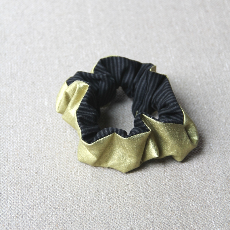 Gold and Black Scrunchie from craftystaci.com
