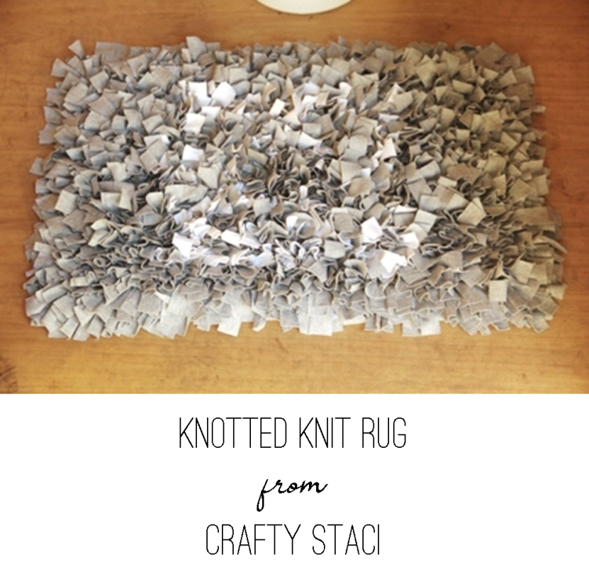 Knotted Knit Rug from Crafty Staci