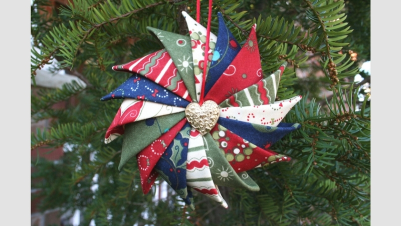 Prairie Point Star Ornament from Super Mom No Cape