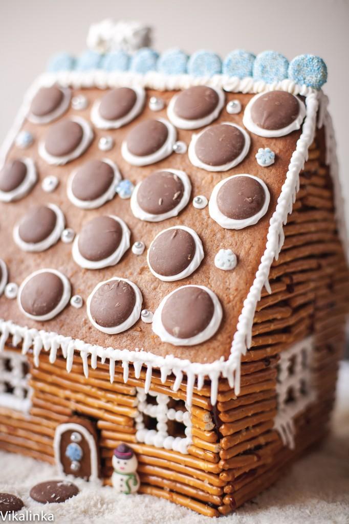 Gingerbread Log Cabin from Vikalinka