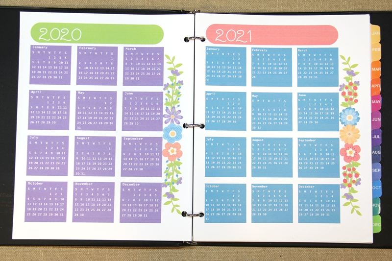 Yearly calendar pages