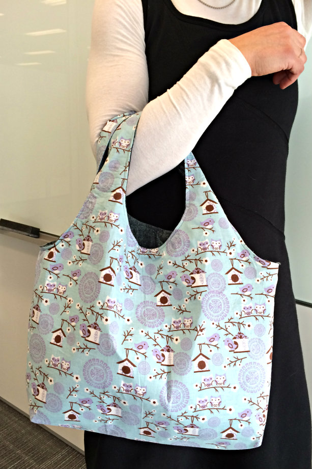Reversible Hobo Tote from The Stitching Scientist