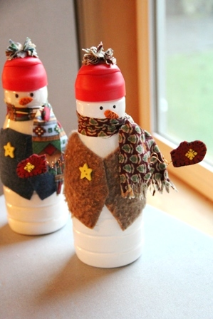 Creamer Bottle Snowman from craftystaci.com
