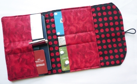 Passport Wallet from craftystaci.com