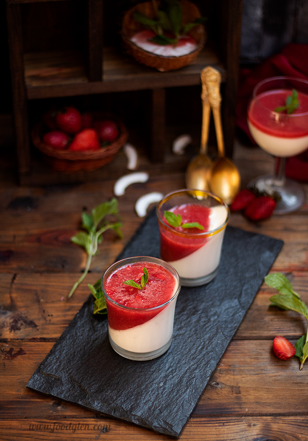 Strawberry Coconut Pannacotta from Foodglen