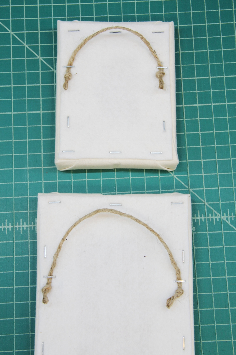 Rope for hanging canvas