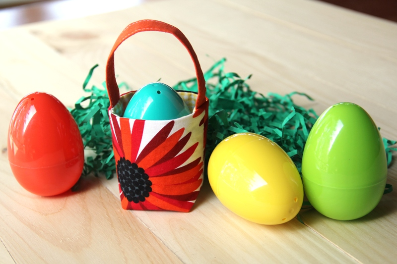 Tiny Easter Basket with Plastic Eggs from craftystaci.com