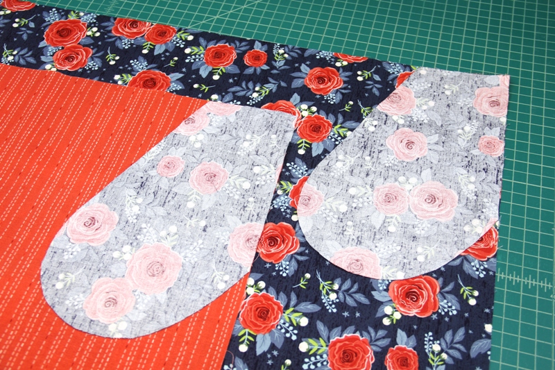 Pockets sewn to sides of apron with secret pockets