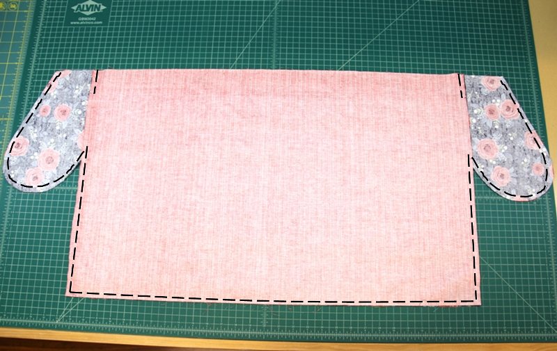 Stitching lines for apron with secret pockets