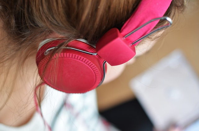 person-woman-music-pink (1).jpg