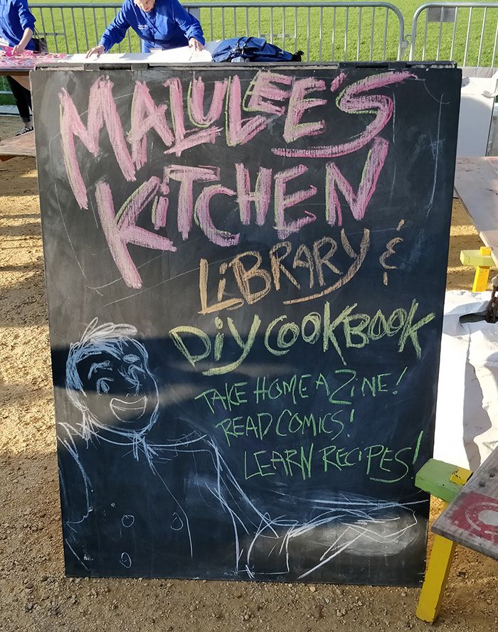 With Smithsonian's Freer & Sackler Galleries, Malulee's Kitchen brought a whole booth to ILLUIMINASIA 2017, a festival in the National Mall with over 50,000 attendees celebrating the the AAPI community and the FS's reopening!   Our booth featured a pop-up library of comics, zines, and cookbooks all by API artists and writers and a DIY cookbook zine!