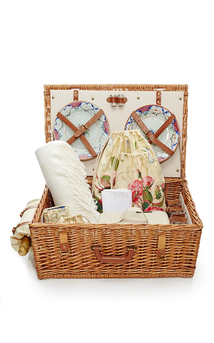 Dorset English Style Picnic Basket
