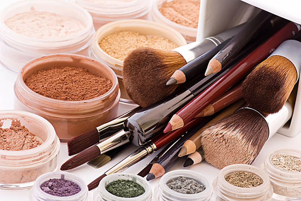 DIY-Organic-Makeup.jpg