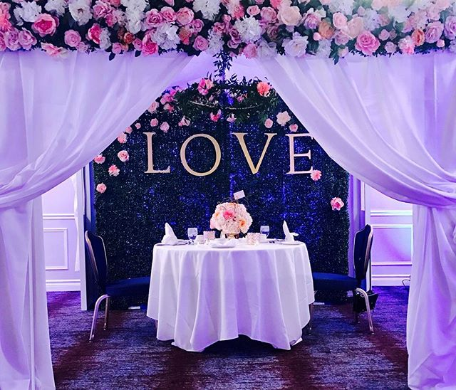 Romantic 5th Wedding Anniversary set up at the Fantasyland hotel for one of our favourite couples. 💕 #Fleurslove •Let us make your special event a night to remember•