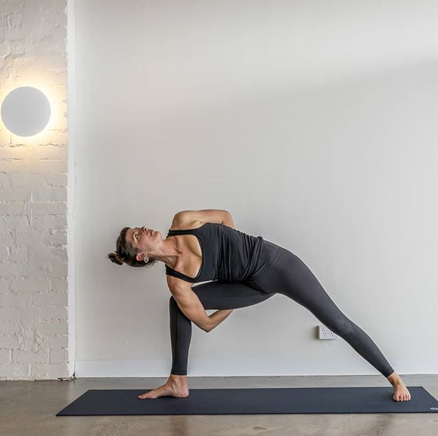 'We don't use the body to get into the pose. We use the pose to get into the body.' - Bernie Clark . . . Always an honour to share my love of yoga and connection with you: Thurs 6am Vinyasa Flow @warrioroneyoga  Sat 11am Yin Yoga @warrioroneyoga . . . #moon #luna #yoga #yogateacher #love #connection #community #union #parsvakonasana