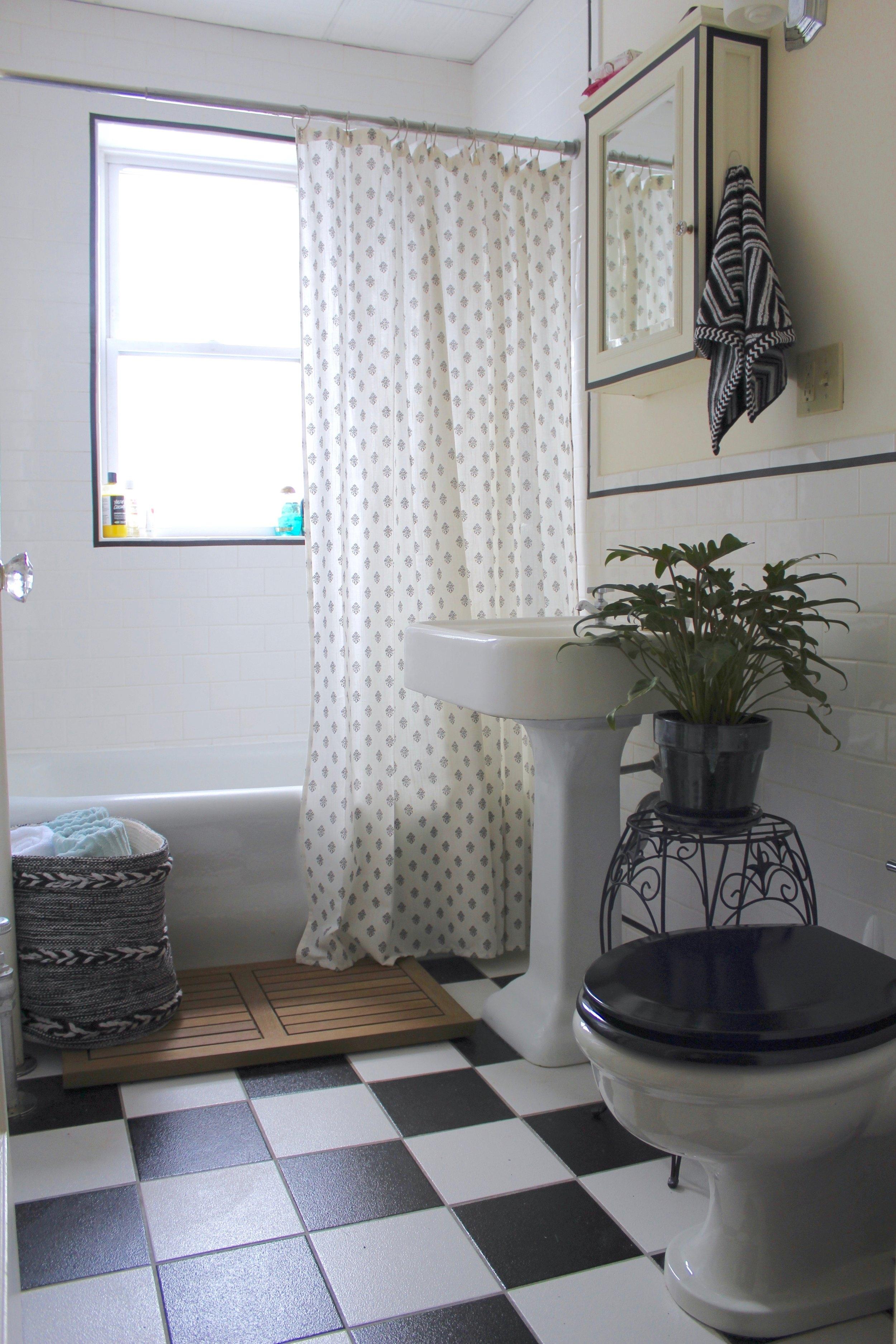 Rental Bathroom Redo — 54 Mazarine