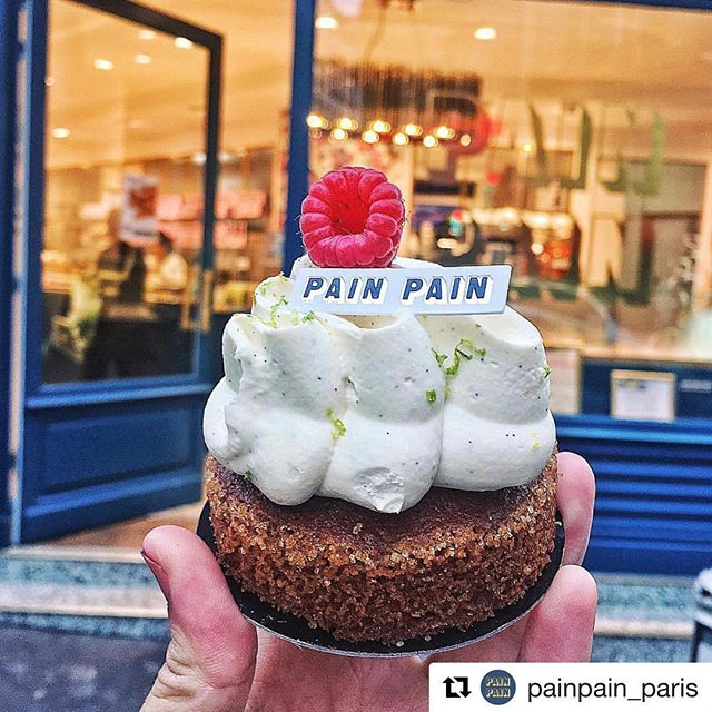 These guys are amazing, when I went to @painpain_paris last year, I couldn't buy enough! Not only everything looks good but it just tastes divine. Going to Paris? Visit Pain Pain! ・・・ On finit la semaine sur une note sucrée avec notre Zéphyr Pain Pain ! 😋 📸 : @danielapedrosoo  #food #foodie #fooding #foodporn #pornfood #yum #yummy #miam #instafood #boulangerie #manger #paris #eat #eating #sugar #weekend #zephyr #painpain