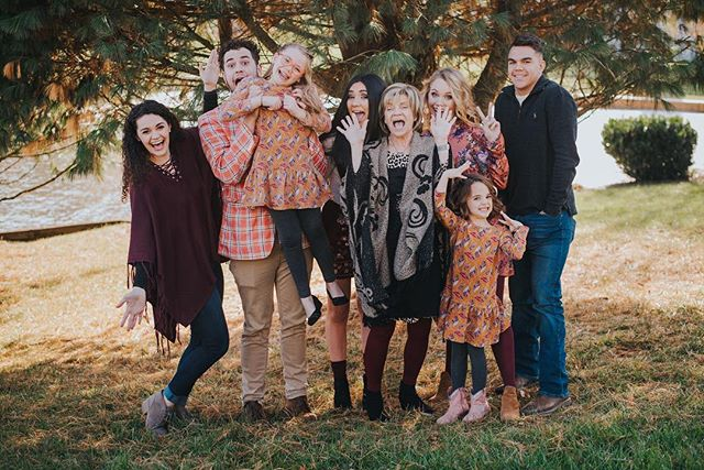 Happy thanksgiving from me and mine to you and yours 💕 hope you guys have the best day ever with your family & friends!! What's your favorite thanksgiving food?! Mine is my grandmas homemade noodles! 😋⠀ .⠀ .⠀ .⠀ .⠀ .⠀ .⠀ .⠀ #fridayintroductions #risingtide #risingtidesociety #creativeatheartconference #creativeatheart #lookslikefilm #lookslikefilmweddings #weddingphotographer #weddingphotography #houseofflynn #calledtobecreative #makersmovement #chasinglight #justgoshoot #huffpostlifestyle #lifeofaphotographer #communityovercompetition #virginiaphotographer #virginiaweddings