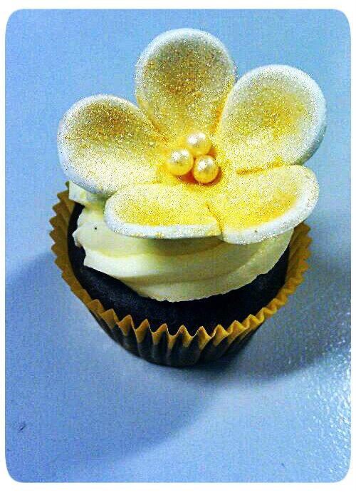 goldencupcake