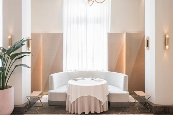 universal-design-studio-odette-architonic-odette----interiors-9-08.jpg