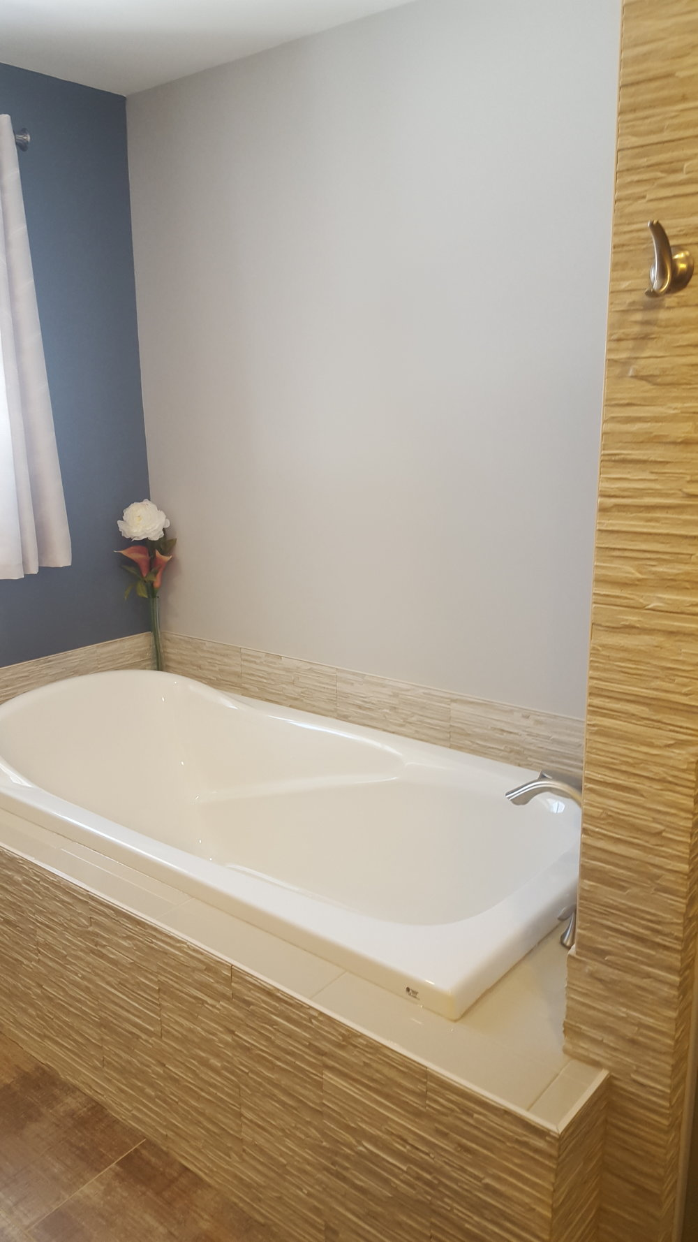 Bathroom Reno 15.jpg