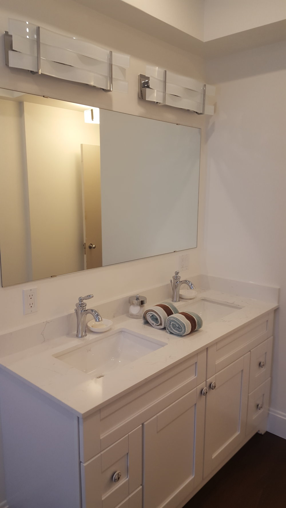 Bathroom Reno 20.jpg