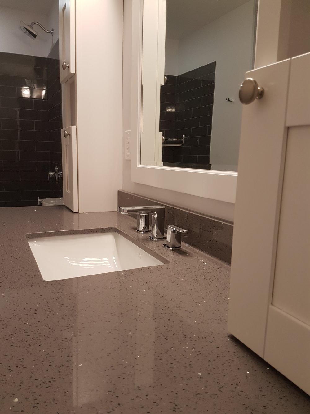 Bathroom Reno 28.jpg