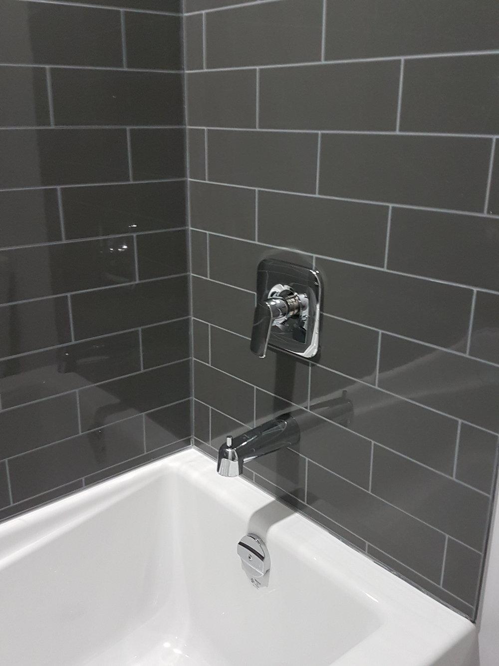 Bathroom Reno 31.jpg
