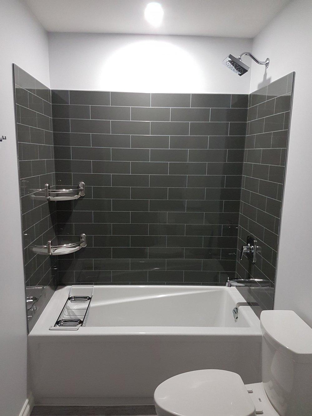 Bathroom Reno 29.jpg
