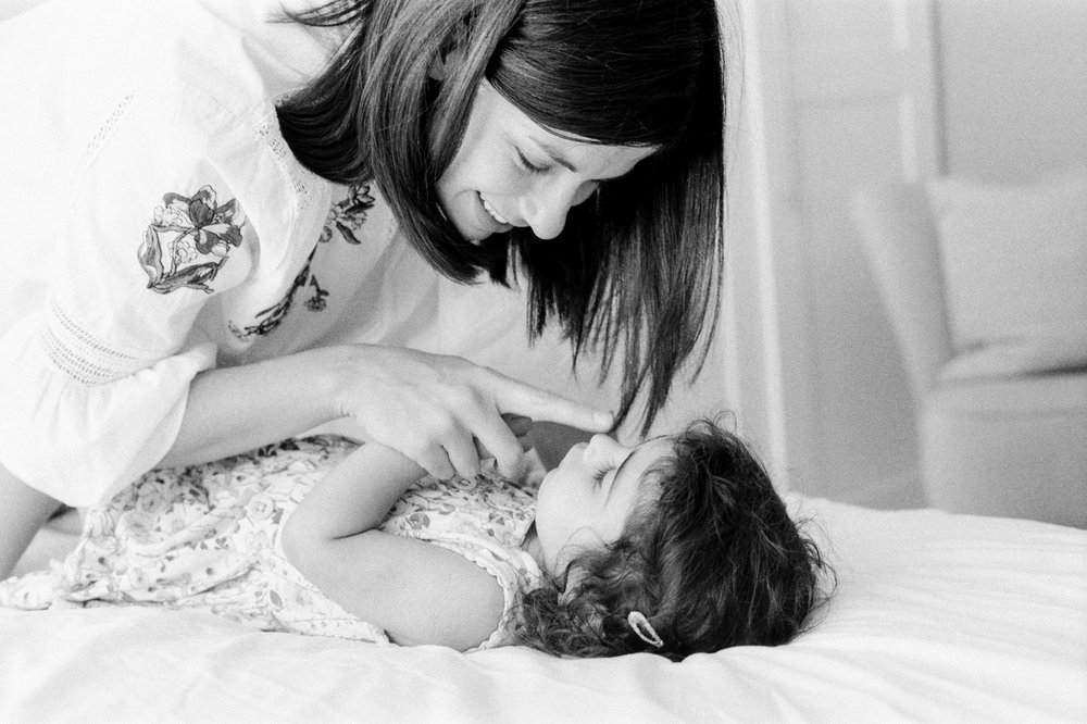 london_surrey_guildford_family_photographer_natural_light_emilywphotography.14.jpg