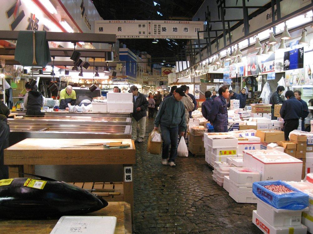 tsukiji-market.jpg