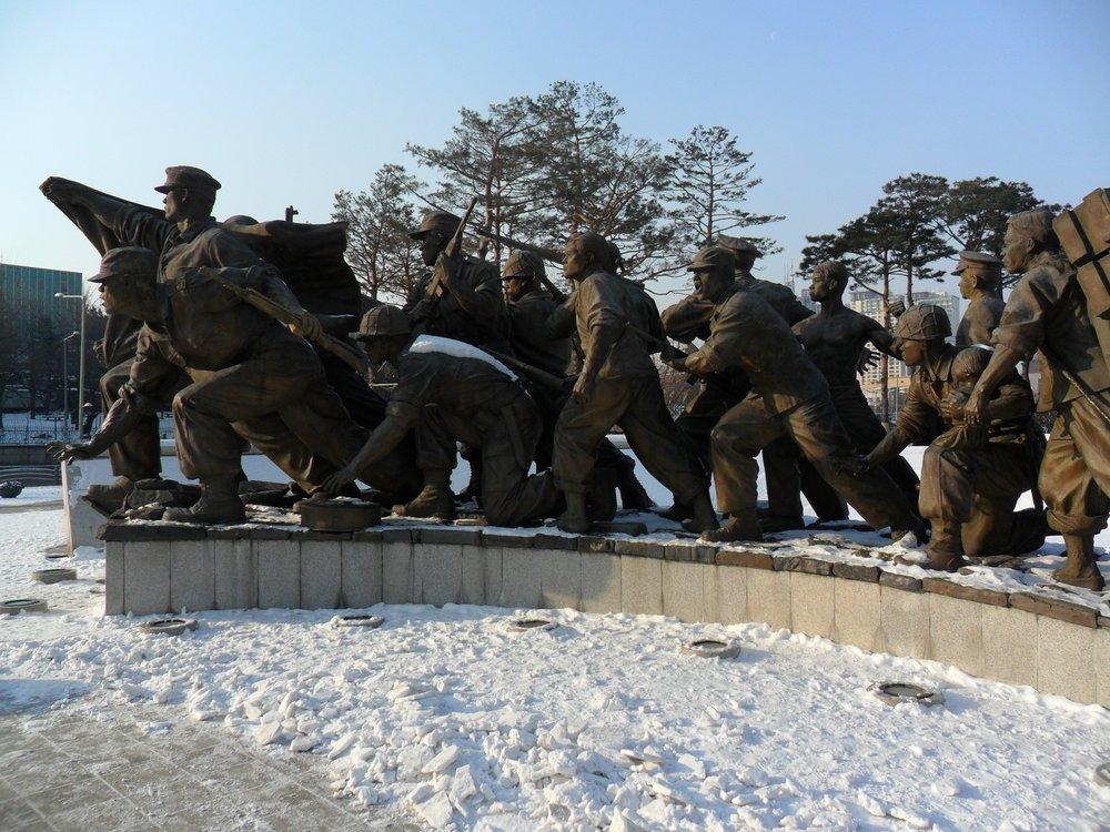 snow-memorial-war.jpg