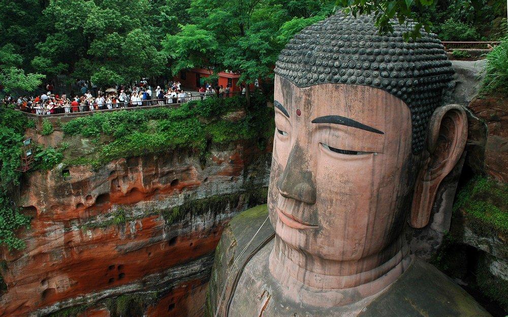 buddha-giant-leshan.jpg