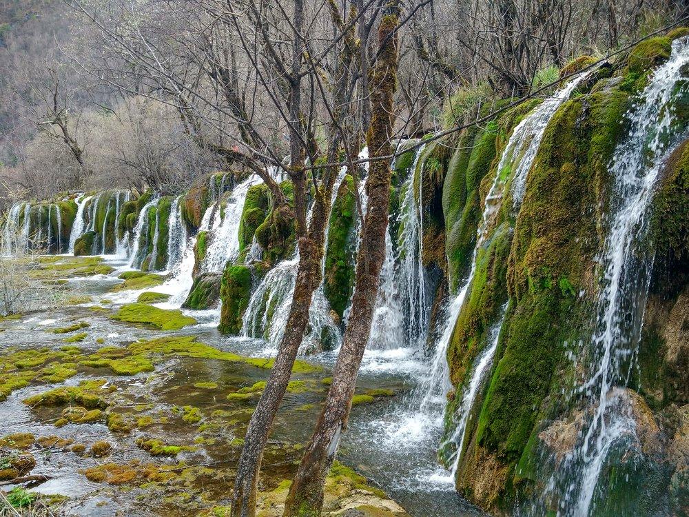 falls-jiuzhai.jpg