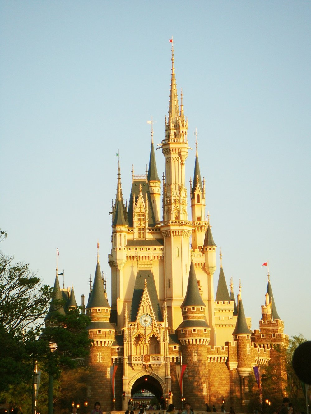 disney-land-castle-japan.jpg