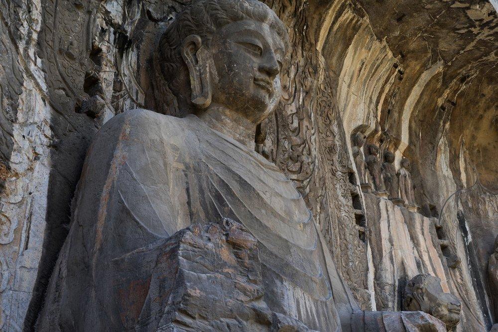 longmen-grottoes-2.jpg