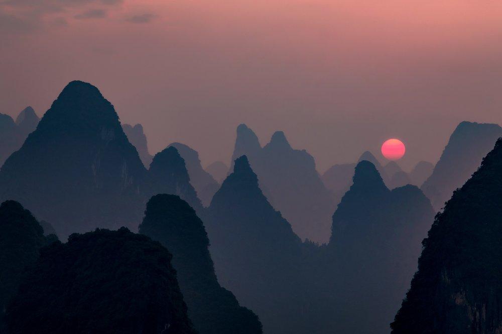 sunset-1687168_1920.jpg