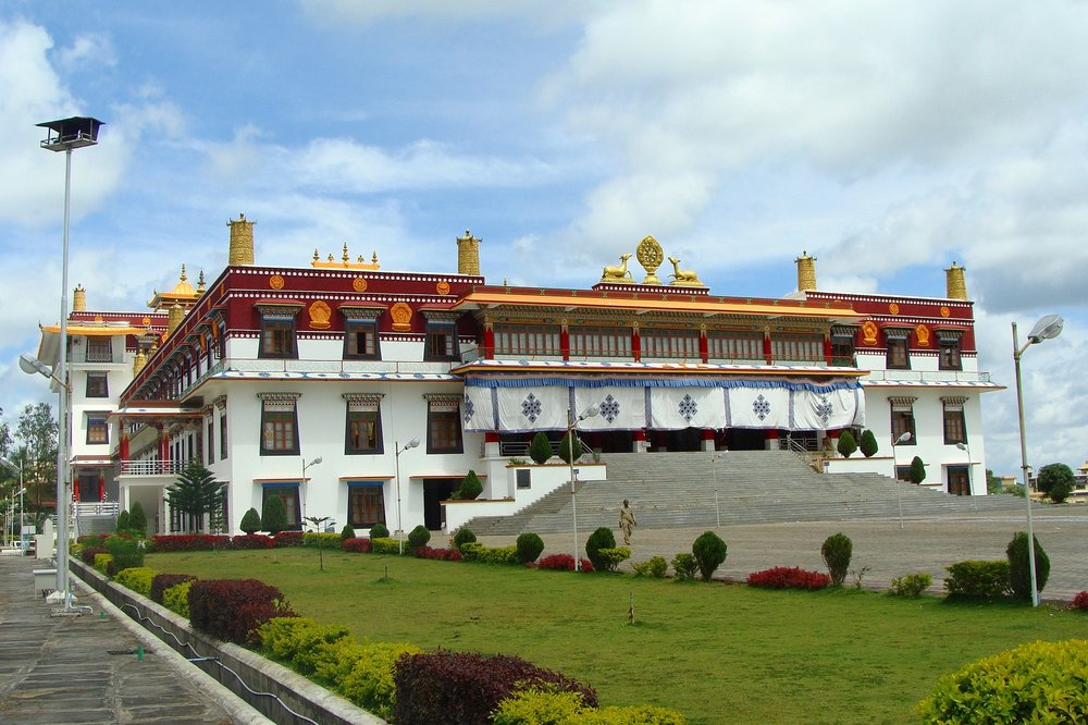 monastery-tibet2.jpg