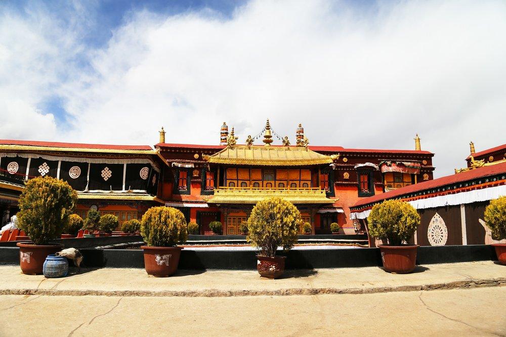 jokhang-temple.jpg