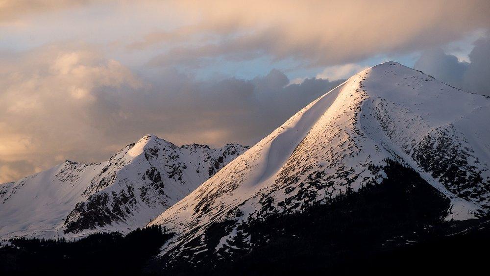 mountains-rockies.jpg
