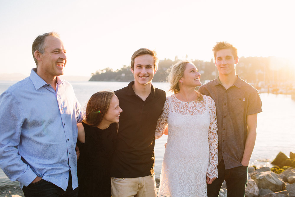 BenderFamily2017-19.jpg