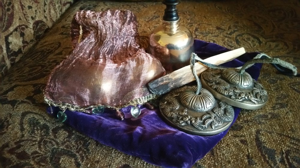 Space Clearing and ceremony provide a new, fresh start to your home or business, clearing away predecessor energies that may be undesirable while  planting seeds of new intentions . I use a wide range of space clearing tools including sound, aromatic plants, as well as creating an altar.
