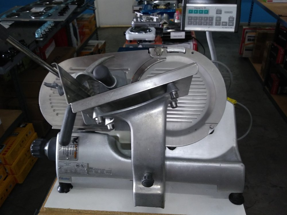 Electric Meat/Ham/Cheese Slicer $ 450.00 ( OBO* )    3 Months Warranty / 115 Volts / Reconditioned